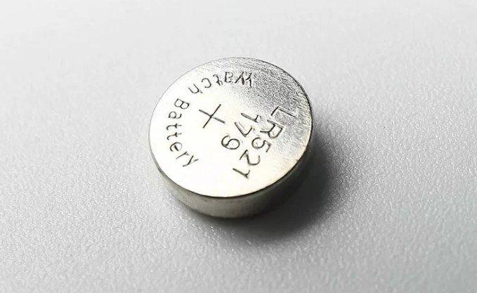 Батарейка для устройств с низким потреблением энергии: модель с типоразмером LR521