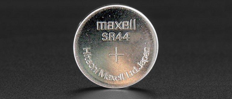 Батарейка серебряно- цинковая с типоразмером SR44 - не аккумулятор