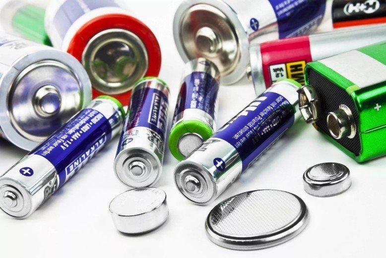 Чем могут быть опасны батарейки для окружающей среды и человека: это надо знать
