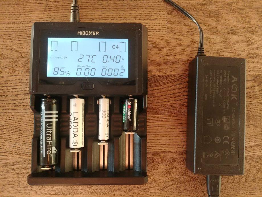 Полупрофессиональные зарядные устройства